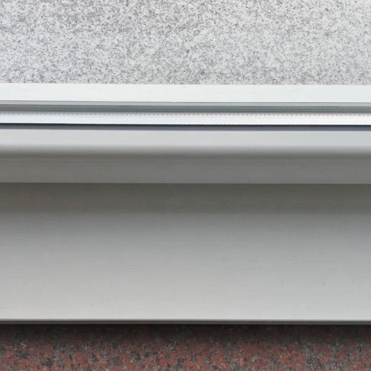 okenske police WHITE deb. 2 cm
